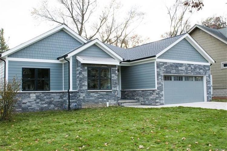 020 Deer Ridge, Holly, MI 48442