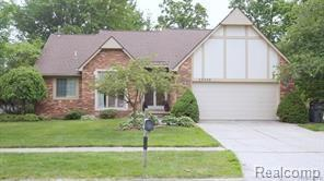 20330 SAINT LAURENCE DR, Clinton Twp, MI 48038