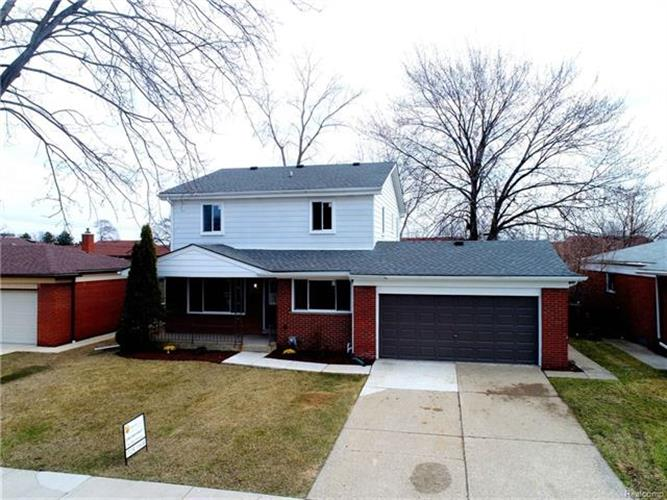 26328 GROBBEL AVE, Warren, MI 48091