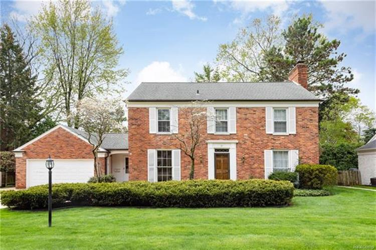 39 DEMING LN, Grosse Pointe Farms, MI 48236