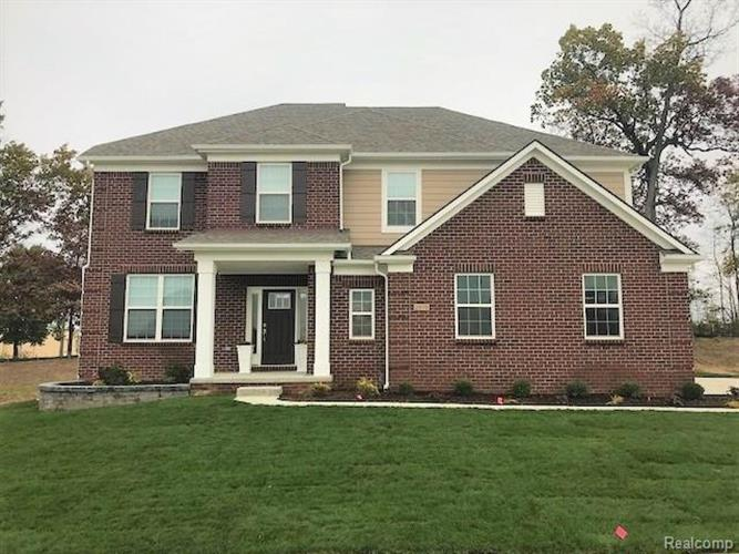 4503 Twin Beach CRT, West Bloomfield, MI 48323