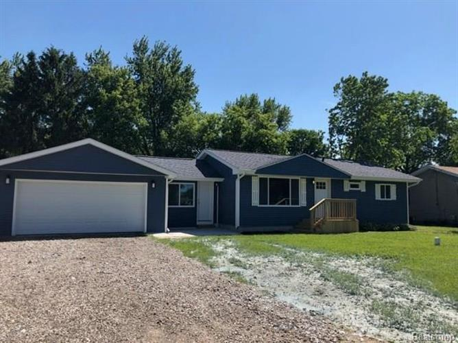 6088 CROWN PNT, Genesee, MI 48506