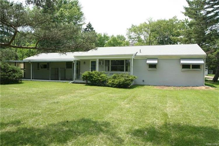 33785 RED RUN, Sterling Heights, MI 48312