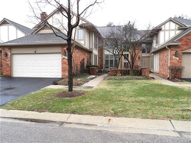 4076 WILLOWAY PLACE DR, Bloomfield Twp, MI 48302