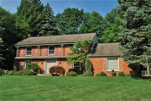4284 COVERED BRIDGE RD, Bloomfield Twp, MI 48302 - Image 1