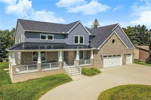 3256 Ledgewood CRT E, Commerce Twp, MI 48382