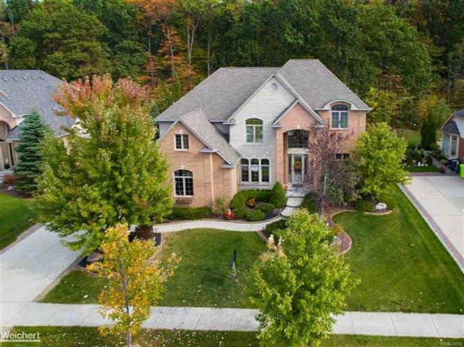 63720 GEORGETOWNE, Washington Twp, MI 48095