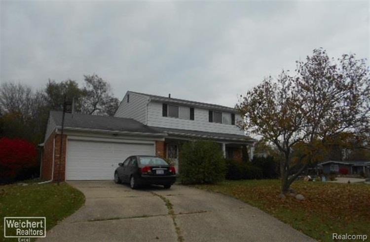 29106 GLENCASTLE, Farmington Hills, MI 48336