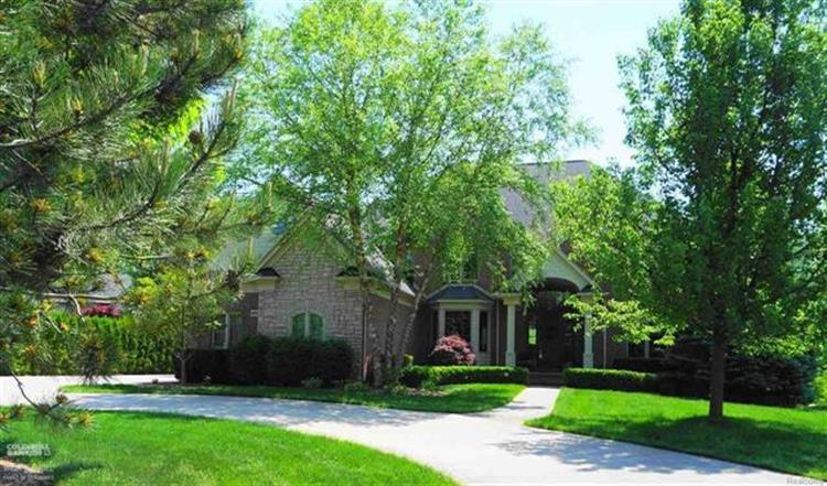 405 LINKSIDE CRT, St Clair Township, MI 48079