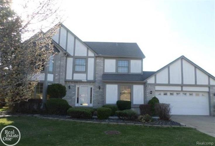 41752 POND VIEW DR, Sterling Heights, MI 48314