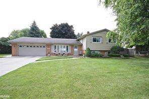 11472 CHICAGO RD, Warren, MI 48093 - Image 1