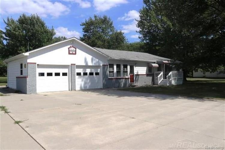 5239 KING, China Township, MI 48054