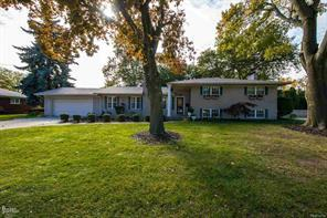41 BRIARCLIFF, Grosse Pointe, MI 48236 - Image 1