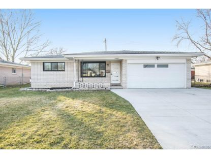 35667 DEARING Drive Sterling Heights, MI MLS# 2210002918
