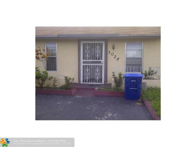 3025 Nw 204th Ter Miami Gardens Fl 33056 For Rent Mls F10003947