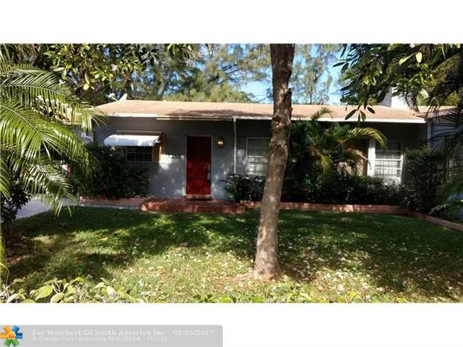 3251 SE 8th St, Pompano Beach, FL 33062