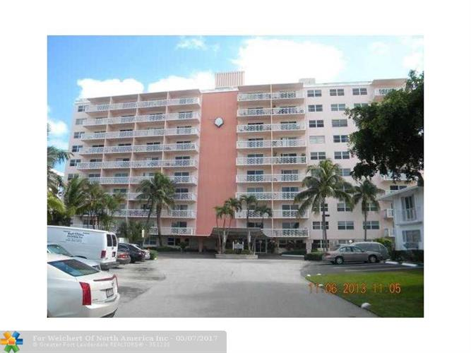 2900 NE 30th St, Fort Lauderdale, FL 33306