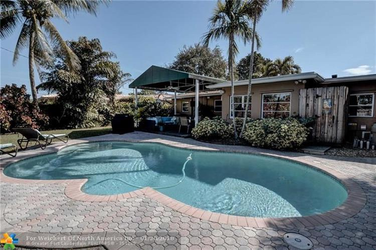 617 NW 28th Ct, Wilton Manors, FL 33311