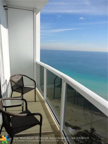 18001 Collins Ave, Sunny Isles Beach, FL 33160