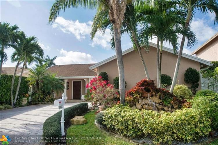 21854 Rainberry Park Cir, Boca Raton, FL 33428