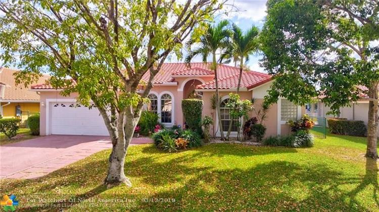 4825 NW 57th Ln, Coral Springs, FL 33067