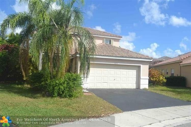 4074 Palm Pl, Weston, FL 33331