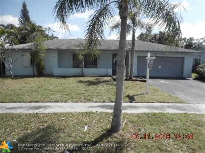 1820 SW 69th Ave, Plantation, FL 33317