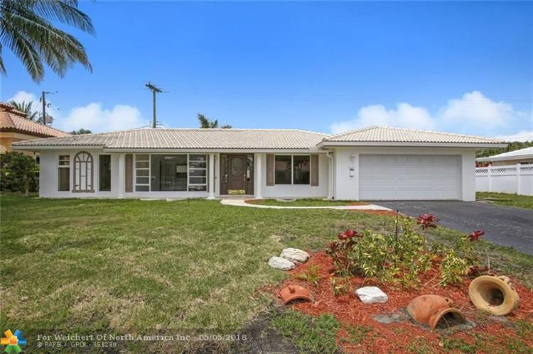 4421 NE 23rd Ave, Lighthouse Point, FL 33064