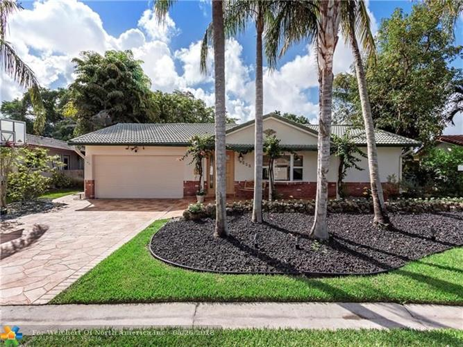 3715 NW 113th Ave, Coral Springs, FL 33065
