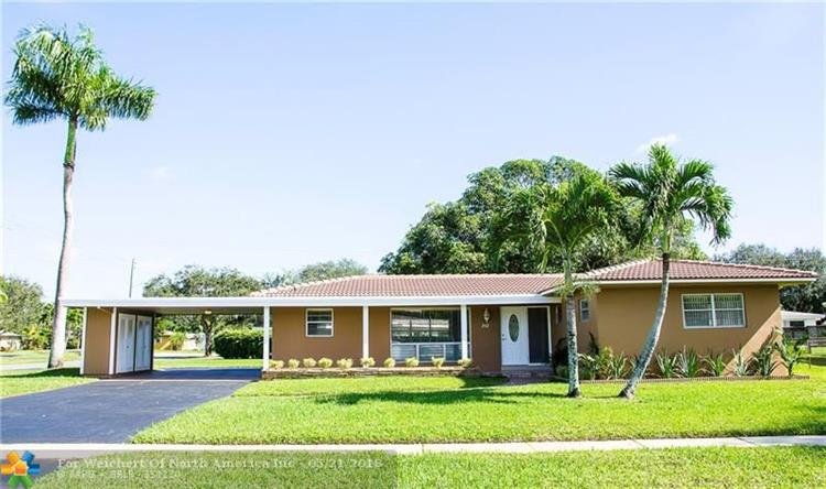 202 SW 60th Ave, Plantation, FL 33317