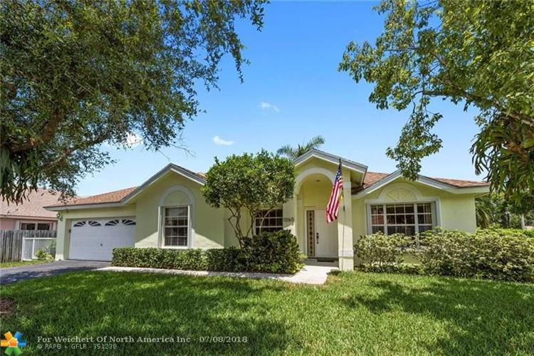 1060 SW 149th Ln, Sunrise, FL 33326