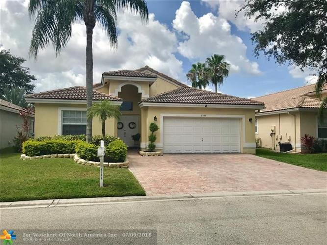 8544 NW 46th Dr, Coral Springs, FL 33067
