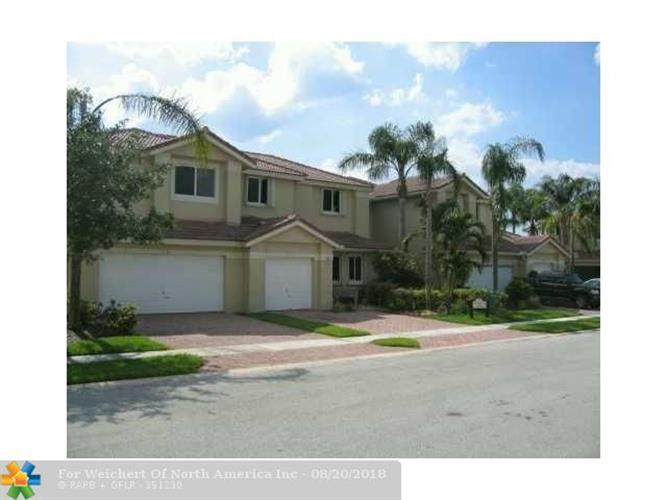 12555 NW 57th Pl, Coral Springs, FL 33076