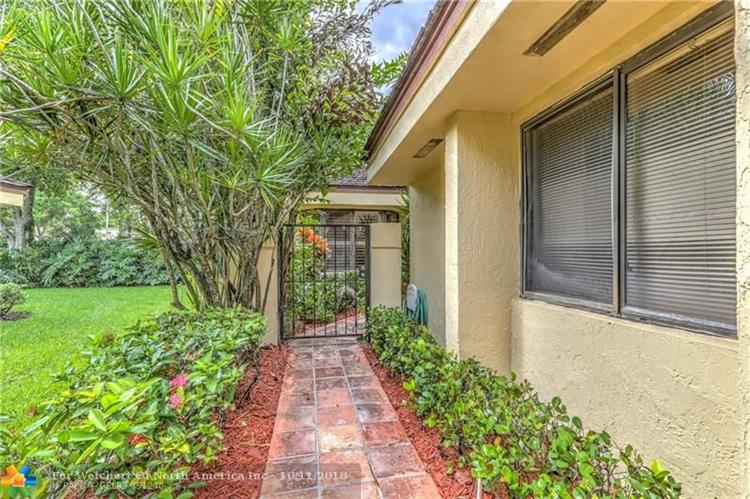 401 NW 97th Ave, Plantation, FL 33324 - Image 1