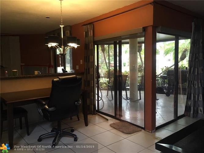 453 NW 36th Ave, Deerfield Beach, FL 33442 - Image 1