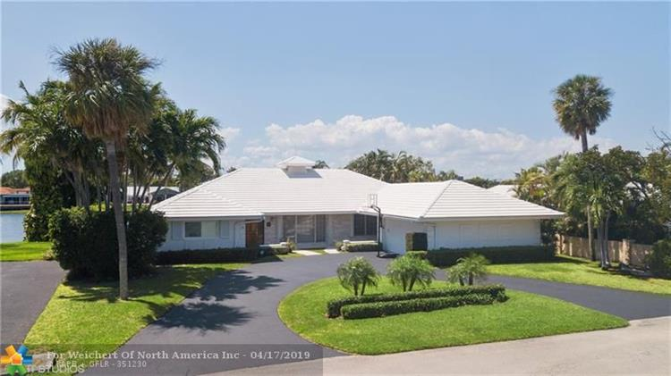 17 Cayuga Rd, Sea Ranch Lakes, FL 33308 - Image 1