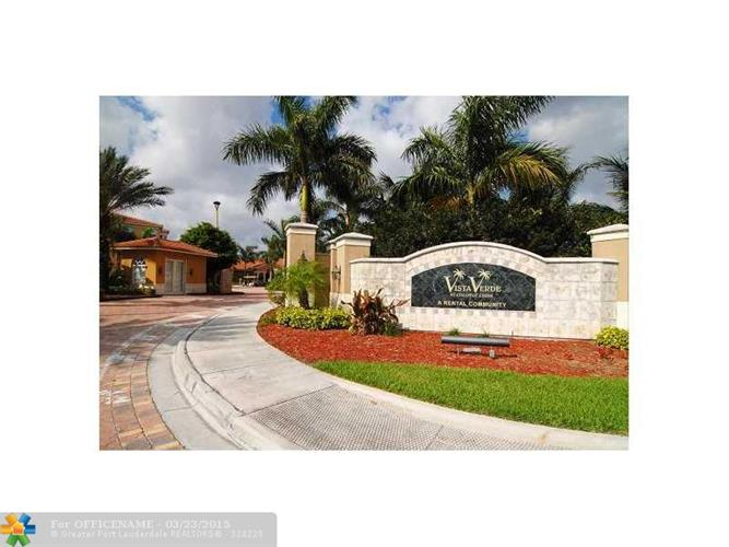 4748 W ATLANTIC BLVD, Coconut Creek, FL 33063