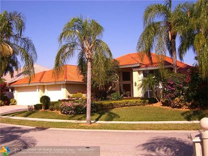 560 Coconut Cir , Weston, FL