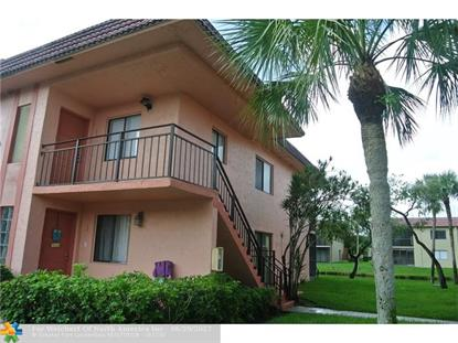 239 Lakeview Dr , Weston, FL