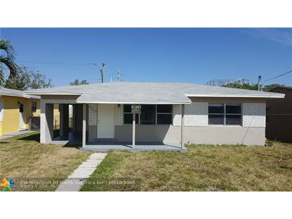 4017 SW 20th St , West Park, FL
