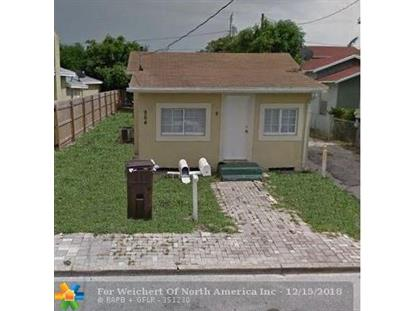 964 W Lakewood Rd  West Palm Beach, FL MLS# F10154008