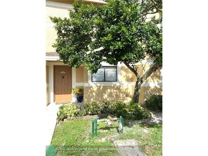423 E Palm Cir E  Pembroke Pines, FL MLS# F10240177