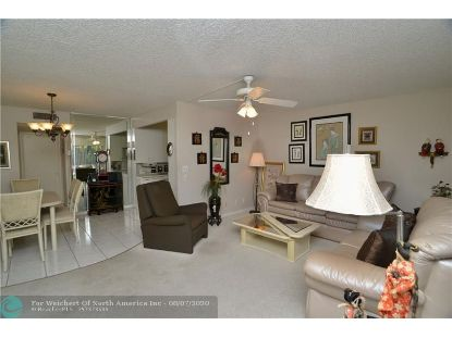 1056 E Cambridge C  Deerfield Beach, FL MLS# F10242752