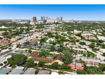 700 SE 14th St  Fort Lauderdale, FL MLS# F10255229