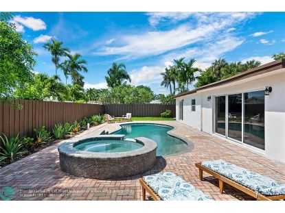 4330 NE 17th ter  Oakland Park, FL MLS# F10258855