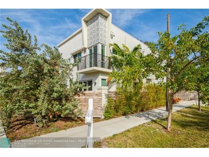 590 SW 6th Ave  Fort Lauderdale, FL MLS# F10263045