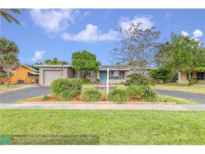 1005 SE 14th Dr  Deerfield Beach, FL MLS# F10265849