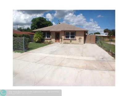 2551 NW 15TH ST  Fort Lauderdale, FL MLS# F10266660