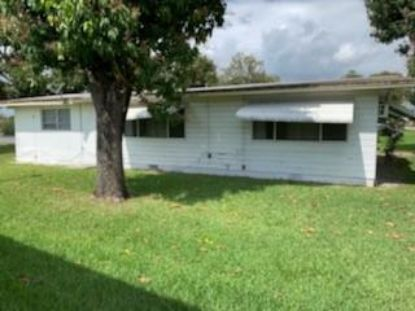 2725 NW 24th Ave  Oakland Park, FL MLS# F10273719