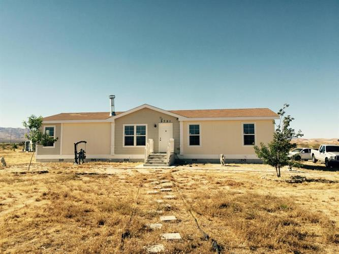 9751 Hamilton Road, Rosamond, CA 93560